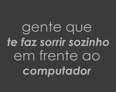 Sorrir Sozinho Frase Para Facebook