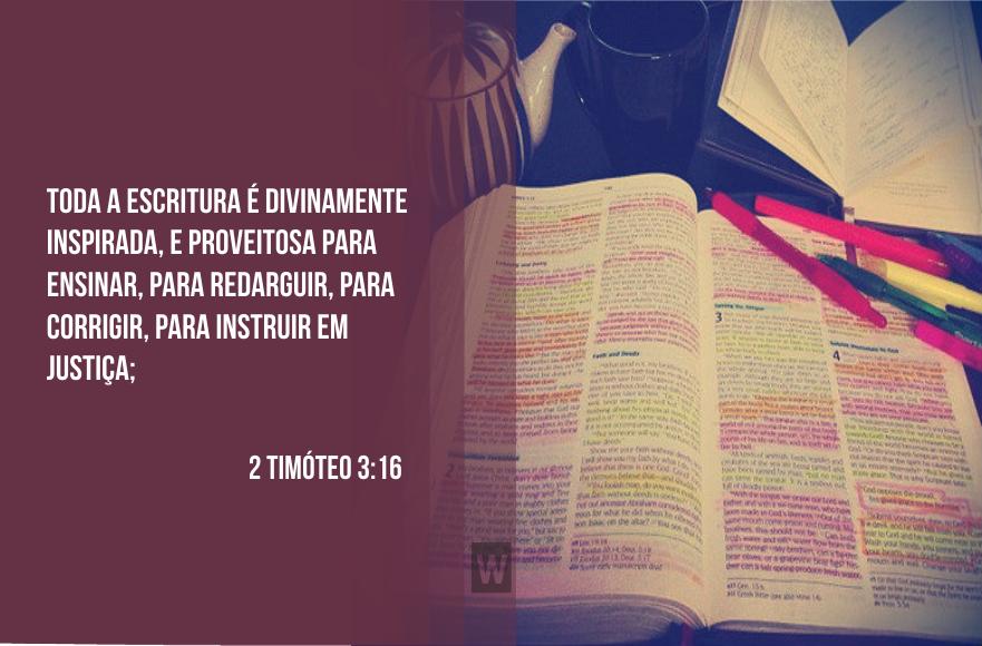 Toda a Escritura é divinamente inspirada